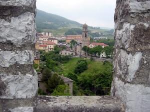Chiesa di Bardi vista dal Castello