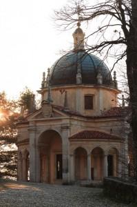 Cappella S.Monte di Varese all'alba