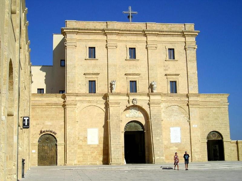 ''Santuario de Finibus Terrae a Santa Maria di Leuca'' - Castrignano del Capo