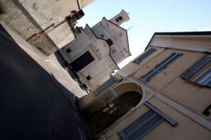 Via Santa Cosma e la Chiesa