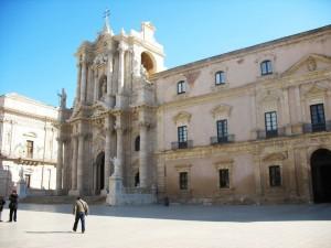 Duomo e palazzo Arcivescovile