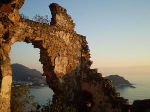 la penisola di Sestri Levante attraverso i resti della Chiesa a S.Anna….sull'antica via Romana