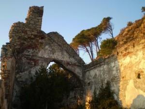 Sole nella Chiesa a S.Anna, lungo l'antica via romana