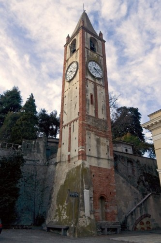 Moncrivello - Il campanile romanico di Moncrivello