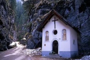 Chiesetta nei Serai di Sottoguda di Rocca Pietore (Belluno)