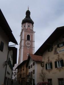 La torre dell'orologio a Castelrotto