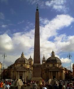Le Chiese gemelle in Piazza del Popolo in Roma - vista frontale