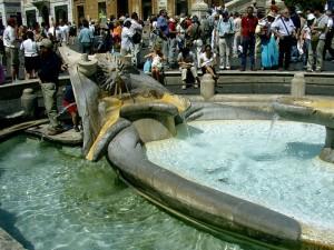 La Barcaccia a Piazza di Spagna, Roma