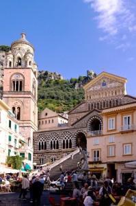La cattedrale ed il suo campanile