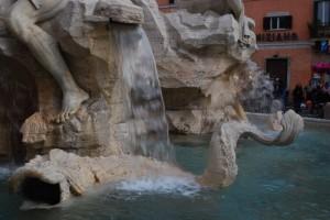 Fontana dei 4 fiumi - dettaglio