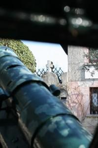 Guerra e Pace: Sirmione sagrato chiesetta San Pietro in Mavino