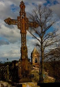 La chiesa nascosta  (il vecchio campanile)