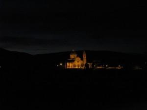 Un santuario nella notte
