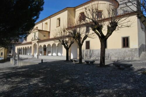 Songavazzo - La parrocchia 1