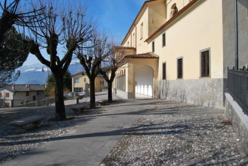 Songavazzo - La parrocchia 2