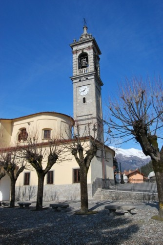 Songavazzo - La parrocchia 3