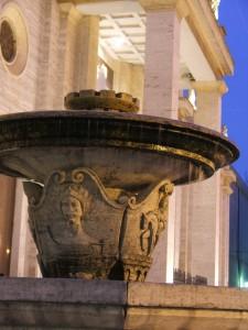 Fontana nella piazza della Cattedrale