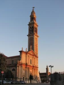 Il 4° campanile più alto d'Italia.