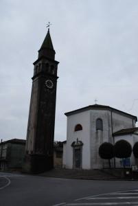 Chiesa e curva