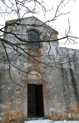 Caporciano - Santa Maria Assunta - Loc. Bominaco