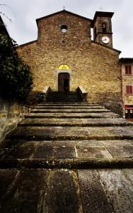 La facciata dell'Abbazia di San Godenzo