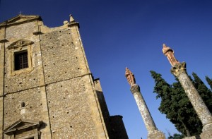 Volterra - chiesa sui calanchi