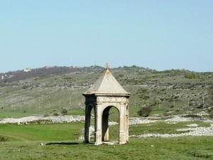 Tempio nel Parco delle rimembranze - Terranera di Rocca di Mezzo.
