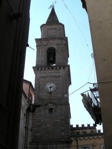 Dai vicoli il campanile -Bellante (TE)
