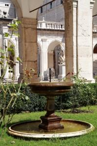 Abazia di Montecassino - fontanella