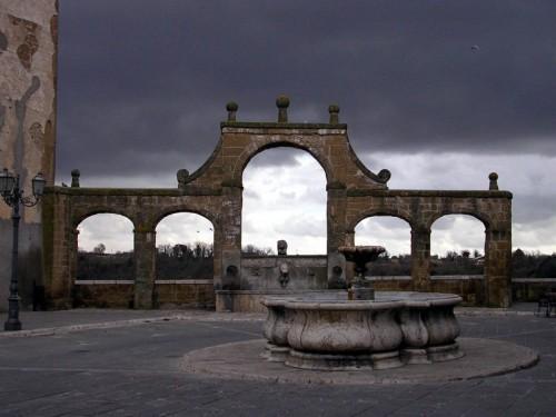 Pitigliano - Fontana delle Sette Cannelle