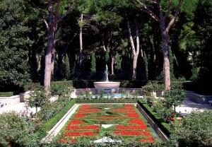 Fontana del giardino al Cimitero Americano di Nettuno