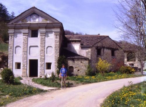 Bossolasco - Primavera alla cappella