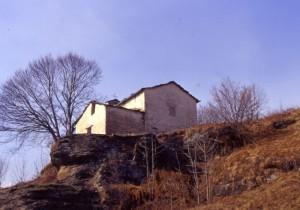 Chiesa di montagna ad Ostana