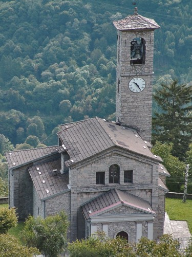 Ramponio Verna - La chiesa di Verna
