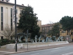Monumento alla partigiana