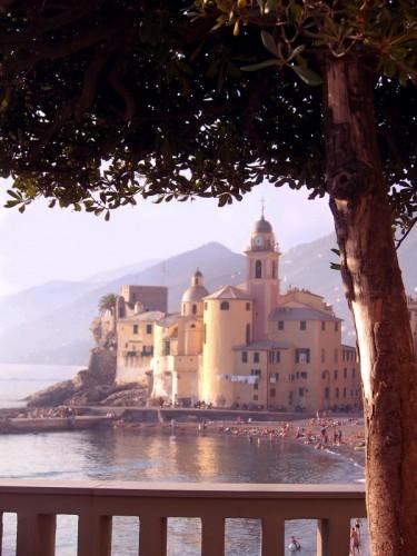 Camogli - Santa Maria Assunta nell'Abbraccio del Mare