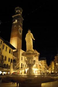 Nella piazza piu' bella di Verona