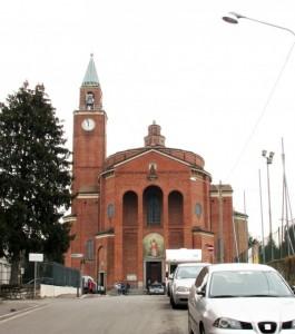 Chiesa Parrocchiale a Lora