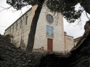 La parrocchiale di Serra S.Quirico Stazione