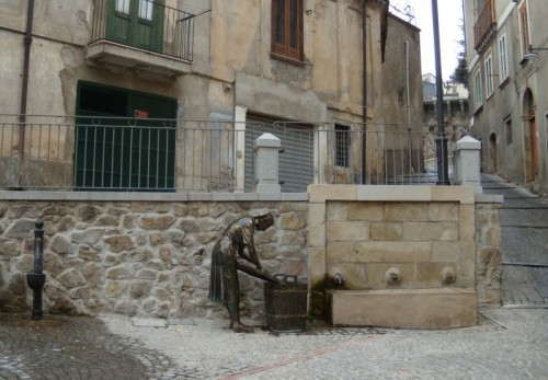 """San Giovanni in Fiore - La fontana della """"Fontanella"""""""