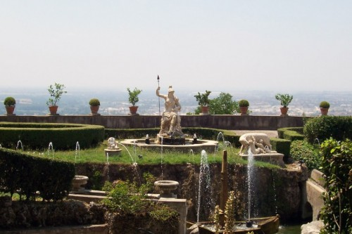 Tivoli - Fontana di villa d'Este statue e fontane a...