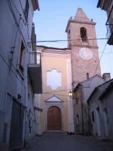 La parrocchiale di S.Giovanni all'imbrunire