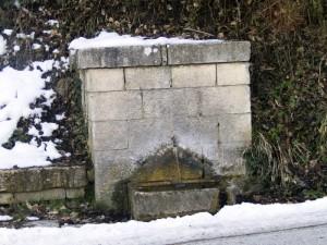 Fontanella con neve