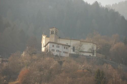 Castel Condino - la chiesa di Castel Condino