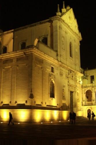 Lecce - Duomo,Arcivescovato e relativa Piazza di notte