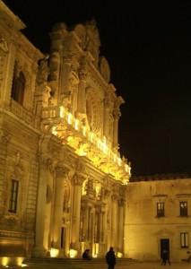 Chiesa di Santa Croce di notte ( in prospettiva )