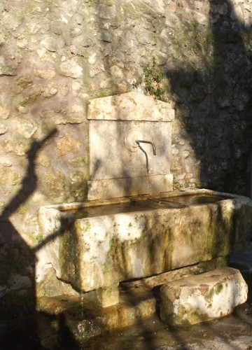 Rieti - Antica fontana di Porta Conca