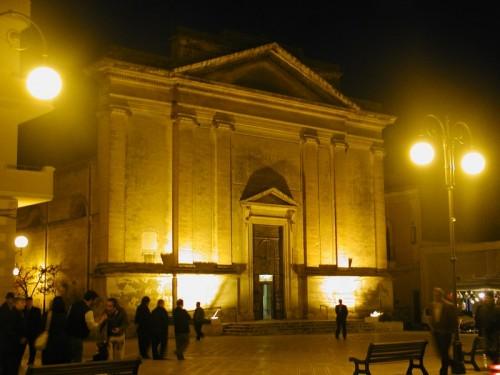 San Pancrazio Salentino - Duomo e piazza di notte