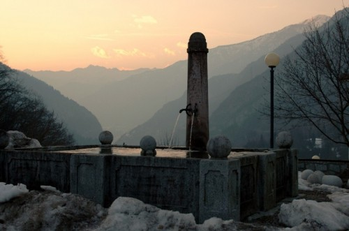 Stenico - Tramonto e fontana