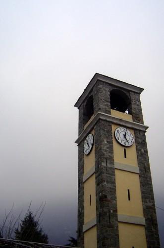 Donnas - campanile della chiesa parrocchiale